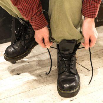 ドクターマーチンの靴紐結び方