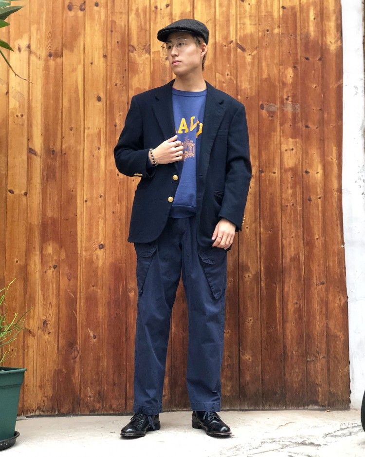 古着屋JAMのロイヤルネイビー