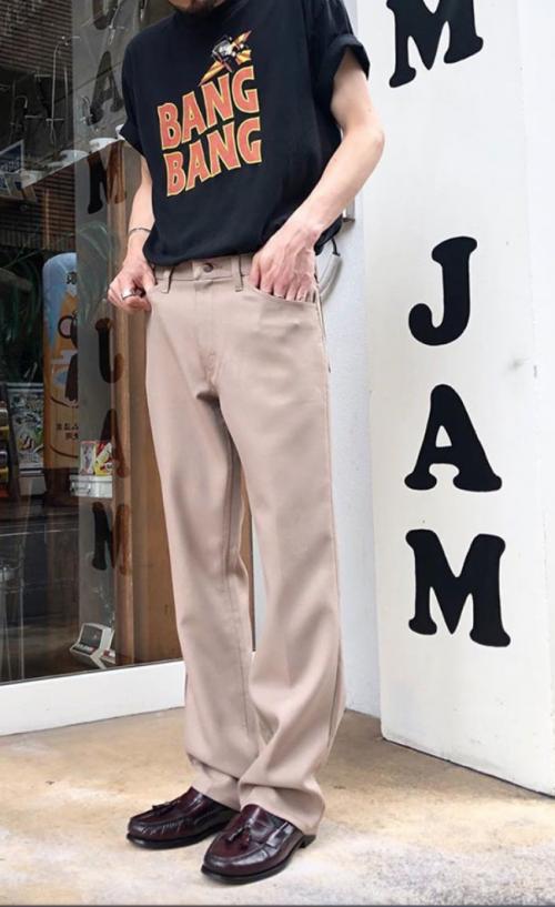 おしゃれスタッフから学ぶ 黒tシャツでつくるスタイリッシュな夏コーデ特集 古着通販 メンズ レディース ヴィンテージ 古着屋jam ブログ