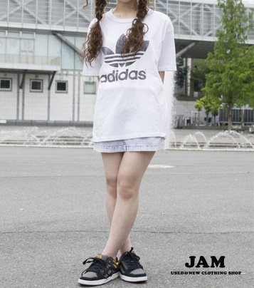 白Tシャツコーデ29