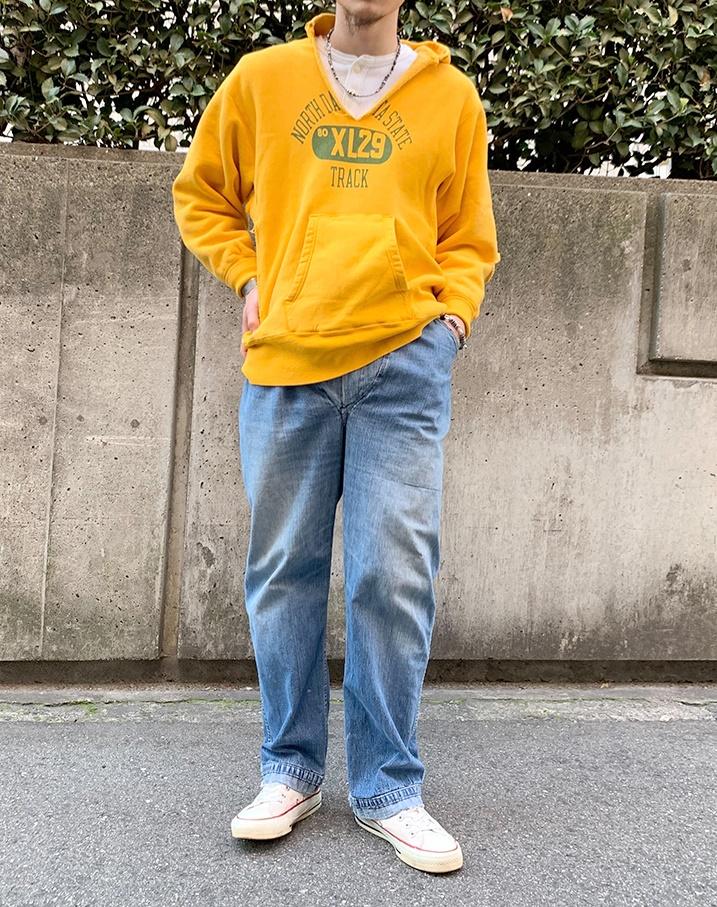 チャンピオンパーカー黄色