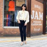 【bowtie blouse×corduroy pants×pumps】