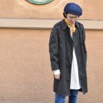 ステンカラーコート×グランパシャツ×デニム×ローファーで抜け感あるスプリングスタイルに◎