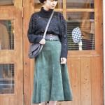 ビジューニットとレザースカートで大人スタイル 古着屋JAm京都レディース店